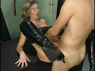 perverted aged bitch getting fisted and fucked