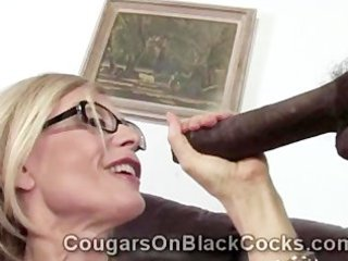 extremely hawt mature blonde doxy nina hartley