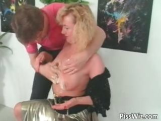 mature bitch can to enjoy in hawt urinate part9