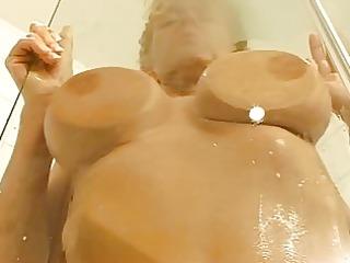 diana kaier im bad und dann.....