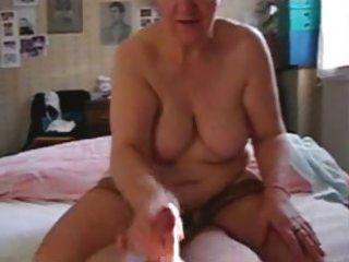 my whore mature aunt jerking my shlong
