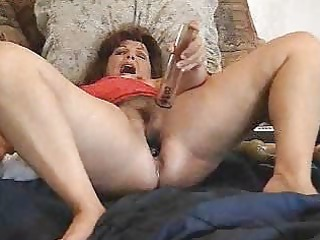 mature whore masturbating. non-professional