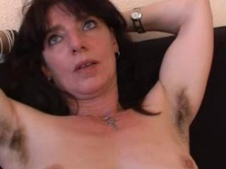 shaggy mature amateur in panties spreads her