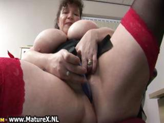 sexually excited fat mature lady fucks part7
