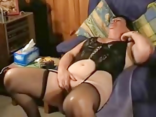 see this perver granny ! amateur older