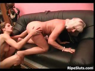 busty blonde older slut acquires her stinky