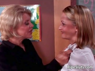 mature woman with large tits seduced youthful