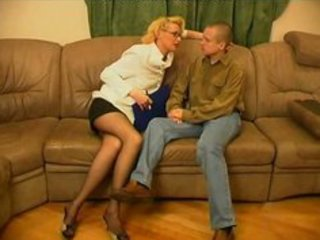russian mature women-sex with juvenile guys-117