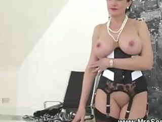 cuckold watches wife eat knob