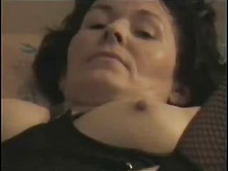 dilettante aged masturbates to orgasm !