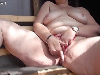 naughty mama loves to engulf penis