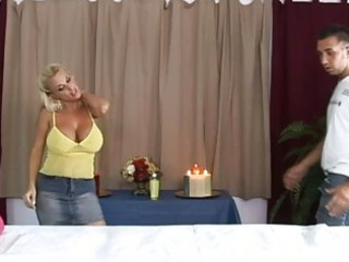 hot breasty blond d like to fuck getting a great