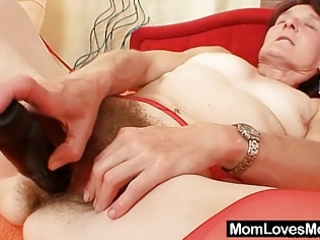 ugly granny matylda widens and toys curly snatch